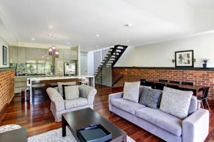 Luxury 4 Level Warehouse apartment in central Byron Bay Byron Bay Byron Area Preview