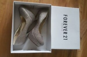 brand new forever 21 heel shoes still in box