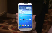 White Samsung S4 16gb with Rogers/Chatr with Original Box