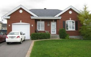St-Philippe house for rent 4br 2br AC garage