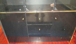 BLACK LACQUERED HUTCH CHINA DISPLAY CABINET West Island Greater Montréal image 2