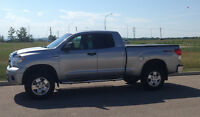2011 Toyota Tundra SR5 Pickup Lifted - Low Mileage - Great Shape