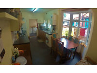 Two Double Bedroom in TERRACE HOUSE TO SHARE - 328£ ALL INCLUSIVE - UPPERTON RD, LE3