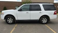2011 Ford Expedition XLT 4WD!!