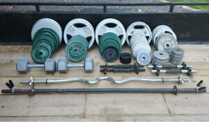 Assorted steel weights, bars and bench