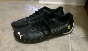 Puma sneakers in great condition