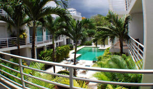 Beautiful 2 KING 3 BATH with POOL, Wifi Condo  Playa del Carmen