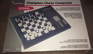 Vintage Radio Shack Champion 2250XL Electronic Chess Computer
