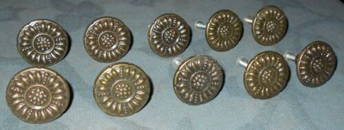 Nice Set  10  Vintage Metal  Drawer or Cabinet  Knobs  Floral Design