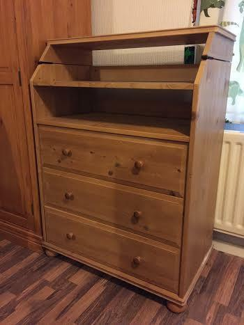 Merveilleux Ikea Solid Pine Chest Of 3 Drawer Unit With Shelves / Baby Changing Table
