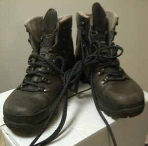 Bottes de marche LOWA (Made in Germany) Taille 8,5 US