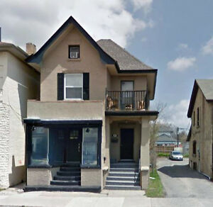 ***177 Brant Ave, Brantford ON - 2BR $1250/mth All Inclusive***