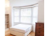 Double Room To rent In Canning Town Station