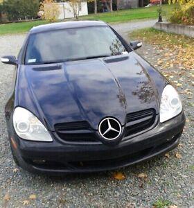 Voiture Mercedes sol 350 à vendre