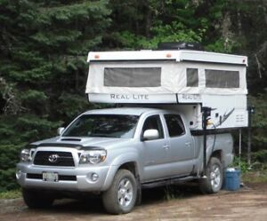 2013 Palomino Real-Lite SS-1601 pop-up truck camper