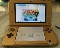 3DS XL ÉDITION ZELDA rare, avec 975 jeux, écouteurs étui et +