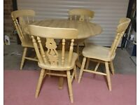 Solid Pine Dining Table with 4 Pine Fiddle Back Chairs