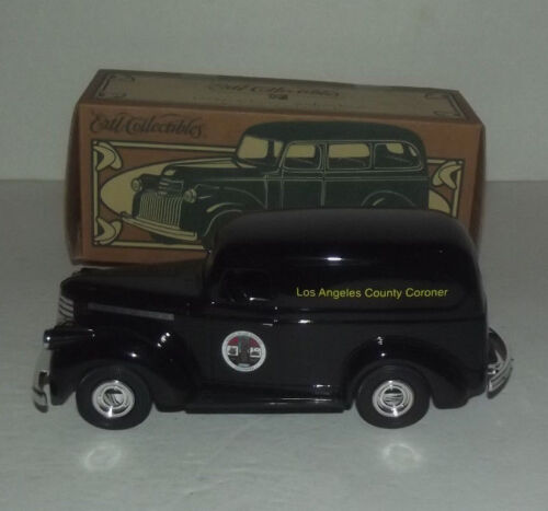 VERY NICE 1:25 SCALE 1946 LOS ANGELES CORONER CHEVY SUBURBAN BANK WITH BOX