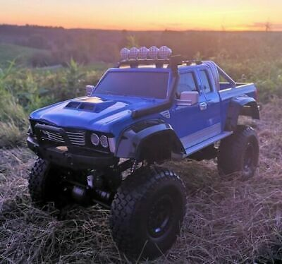 RC 2,4 Ghz. Monster Truck OUTLAW ferngesteuertes Auto - Monster Licht