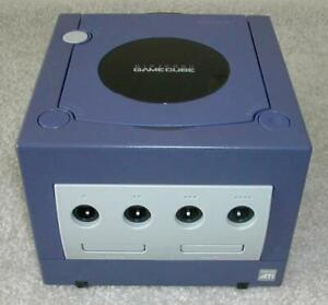 Gamecube Bundle with 2 Memory Cards and 23 Games