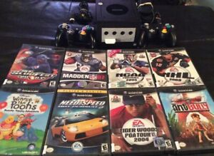 Gamecube With 2 Controllers/Mem Card & 8 Child Friendly Games
