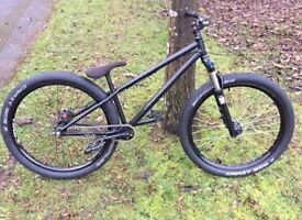 """Eastern Jump Bike 26"""""""
