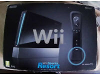 Nitendo Wii console, control with booklet £30.