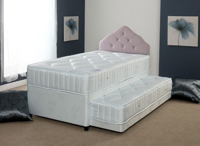 Divan style guest bed with pull out bed underneath single for Single divan bed no mattress