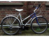 PEUGEOT ladies Hybrid bike small frame 17inch - serviced / Welcome for test ride