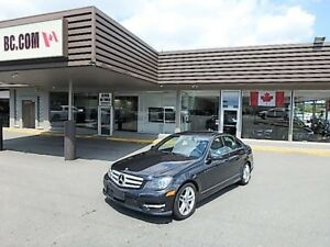 2013 Mercedes-Benz C300 4Matic Navigation, Fully Loaded