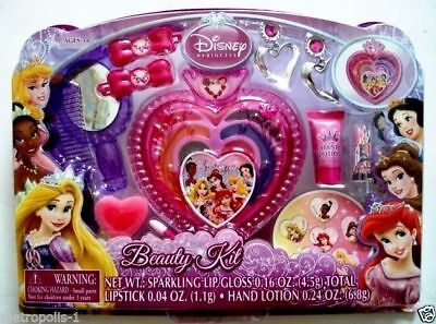 (DISNEY PRINCESS,KIDS BEAUTY KIT WITH MAKE-UP,COMPACT & COSMETIC JEWELRY,5+,NEW)