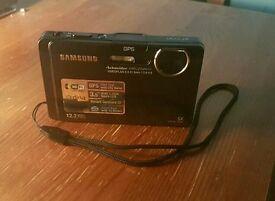Samsungs ST1000 digital camera