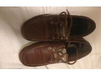 Sebago deck shoes (clove hitch) 7.5 with box - immaculate condition