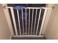 Pressure fit stair gate