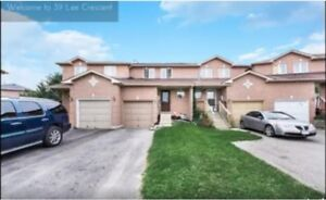 3 Bedroom Townhouse, South Barrie - MapleView & Essa