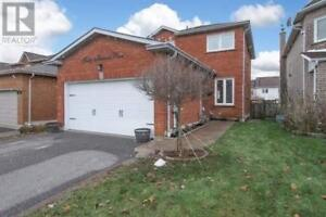 40 HARTRICK PL Whitby, Ontario