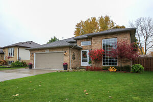 Executive 3 + 2 Bdrms 2 Baths home in Lasalle $2100 ++ Aug 1
