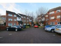 **Bermondsey-Well presented 1 bedroom apartment, with parking-Must See!**