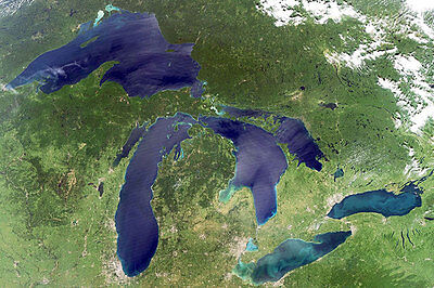 Great Lakes Graphs
