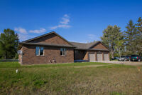 478 COUNTY RD 8 W, LAKESHORE (ESSEX)