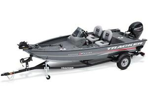 Super Guide™ V-16 SC w/ 40 ELPT FourStroke and Trailer