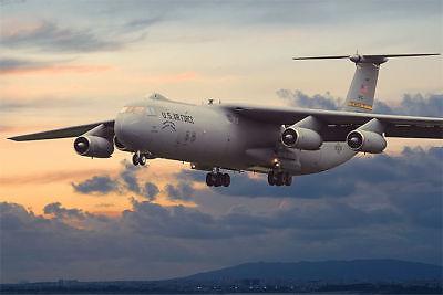Roden 325 - 1:144 Lockheed C-141B Starlifter  - Neu
