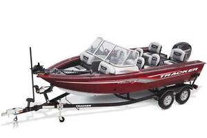 Targa™ V-18 Combo w/ 115 EXLPT FourStroke and Trailer