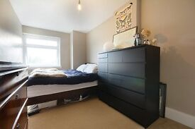 OLD KENT ROAD-3 DOUBLE BEDROOM HOUSE WITH GARDEN!