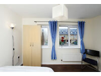 FANTASTIC LARGE DOUBLE ROOM AVAILABLE FOR RENT*** NO DEPOSIT REQUIRED