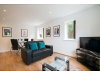 Serviced luxury 2 bed apartments, Didsbury, close to transport all amenaties