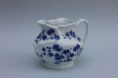 Kleine Kanne Milchkanne mit Blumendekor echt Cobalt - Royal Porzellan
