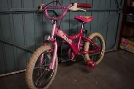 Girl's princess-themed pink bike, suit ages 4 - 6