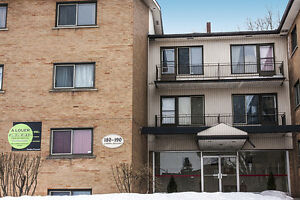 Dorval 1 1/2 available 1.5, front a park, near St-Louis lake
