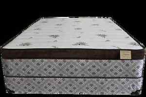 Queen size majestic pillow top mattress 1 month old